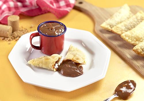 Pastel Pablito´s com recheio de doce de leite e paçoca