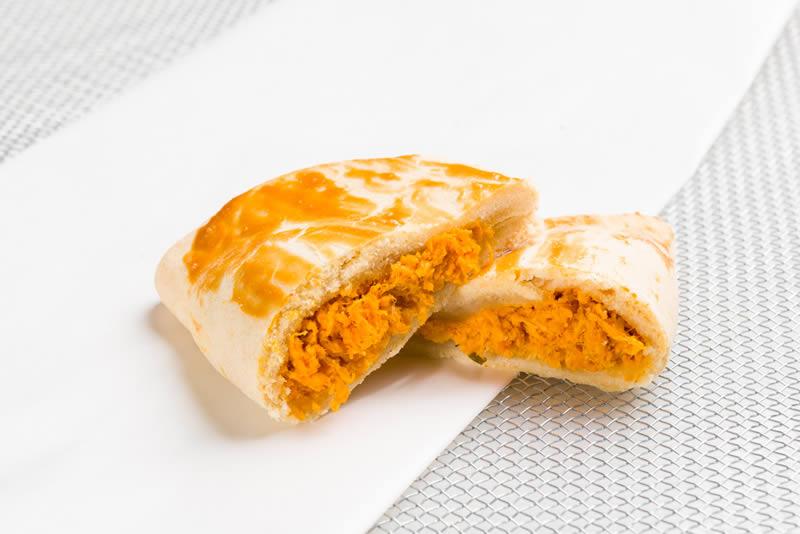 Pastel de Guaraná com Patê de Frango